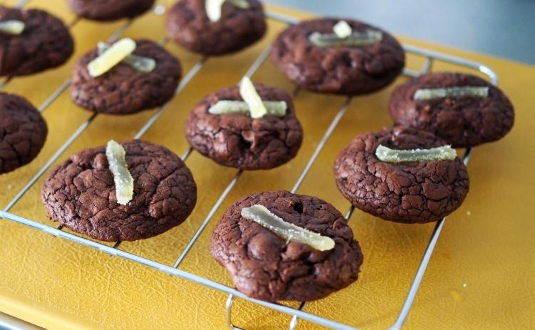 07_gingery brownie crinkle cookies