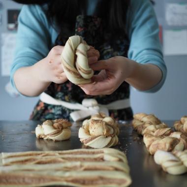 cinnamon twist buns (10)