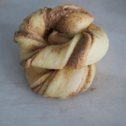cinnamon twist buns (11)